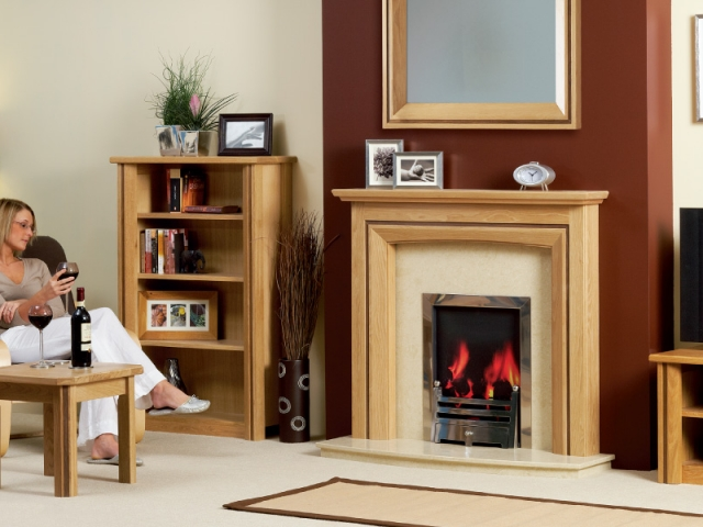 The Matlock Petite Wooden Surround